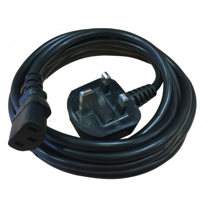 5m IEC Power Lead c/w 3A fused UK plug